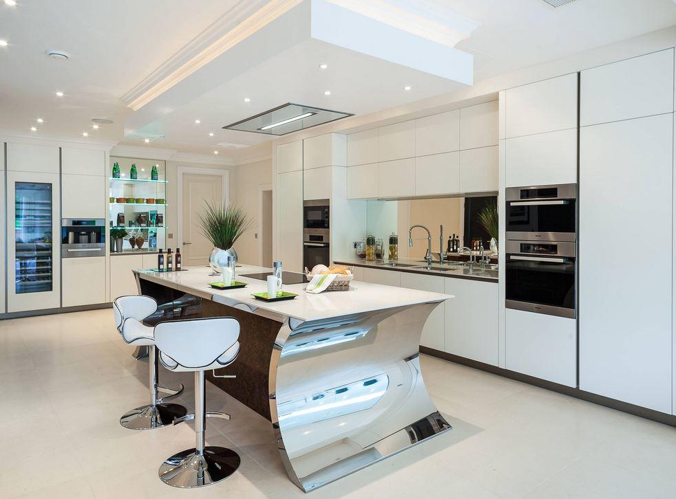 Cozinha Planejada Sofisticada Moderna Elegante Enorme
